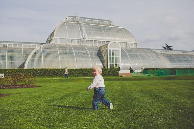 Family_Photo_Session_Kew_Gardens_London_Photography_Creative_Photographer_Amy_B_Photography_0012