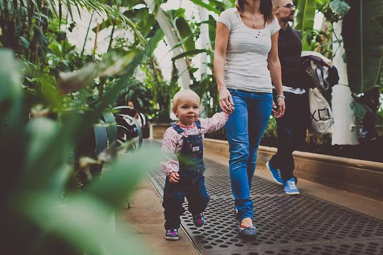 Family_Photo_Session_Kew_Gardens_London_Photography_Creative_Photographer_Amy_B_Photography_0024