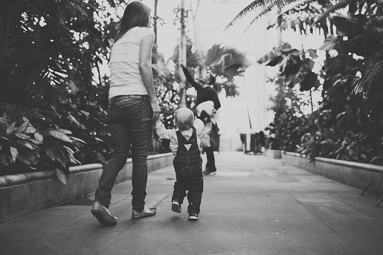 Family_Photo_Session_Kew_Gardens_London_Photography_Creative_Photographer_Amy_B_Photography_0025