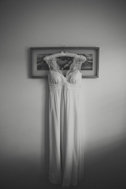 WhitstableWeddings-WeddingPhotography-BeaconHouseWedding-CreativeWeddingPhotographer-UniqueHomeStayWedding-AmyBPhotography_0001